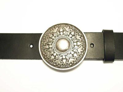 Guertel mit runder altsilberfarbiger Schnalle 4 cm Breite nickelfrei