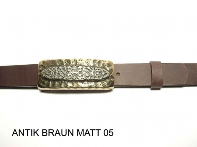 Belt with brass coloured buckle, nickel-free, 3cm wide