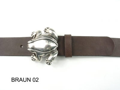 Belt with silver coloured frog buckle, 4cm wide