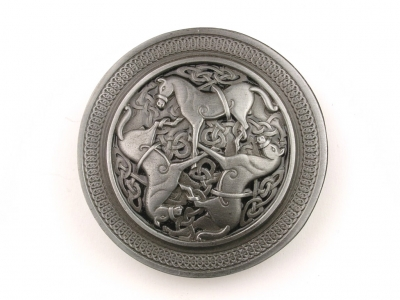 Celtic buckle in silver coloured/black finish with celtic horse design