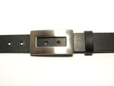Gürtel mit moderner silberfarbig satinierter Schnalle 3 cm Breite