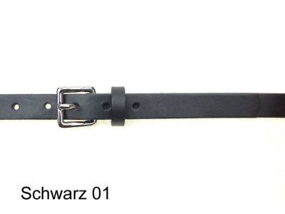 2cm wide leather belt with a discreet silver-plated buckle
