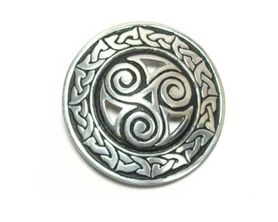 St. Justin buckle with celtic triscele design