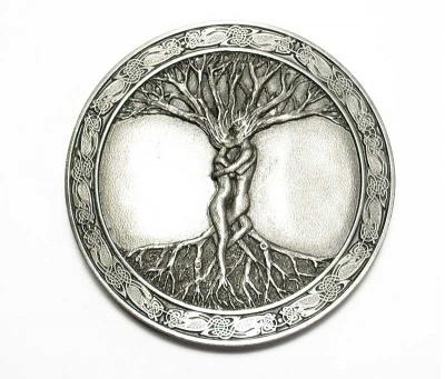 altsilberfarbige Gürtelschnalle keltischer Baum original Bergamot
