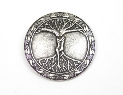 Belt buckle with celtic tree of life design