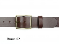 Belt with classic 4cm wide brass buckle