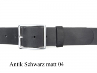 Classic style belt with silver-plated rectangular shaped buckle