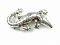 Crocodile belt buckle